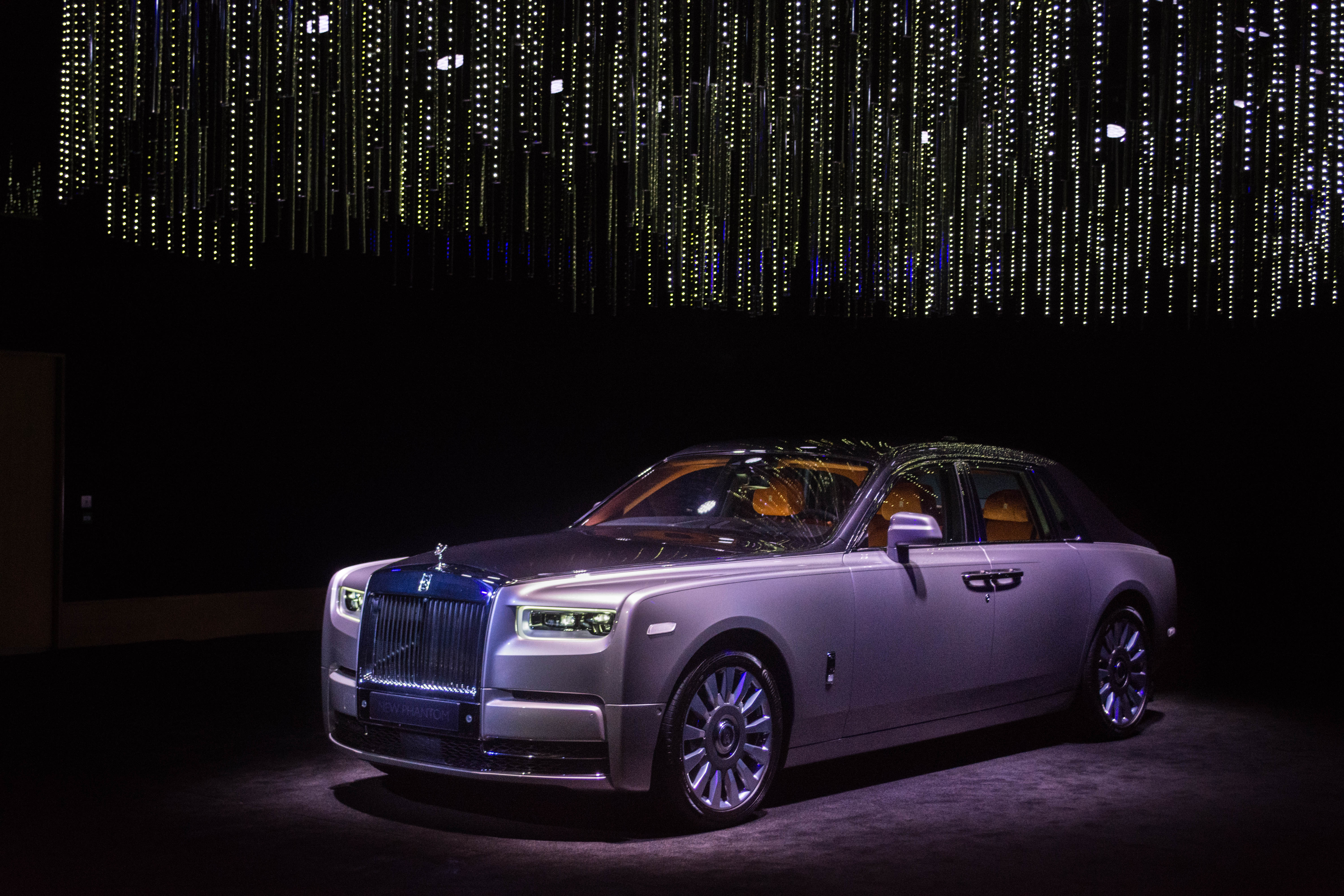 Rolls-Royce Phantom 2018: 'The Great Eight Exhibiton ...